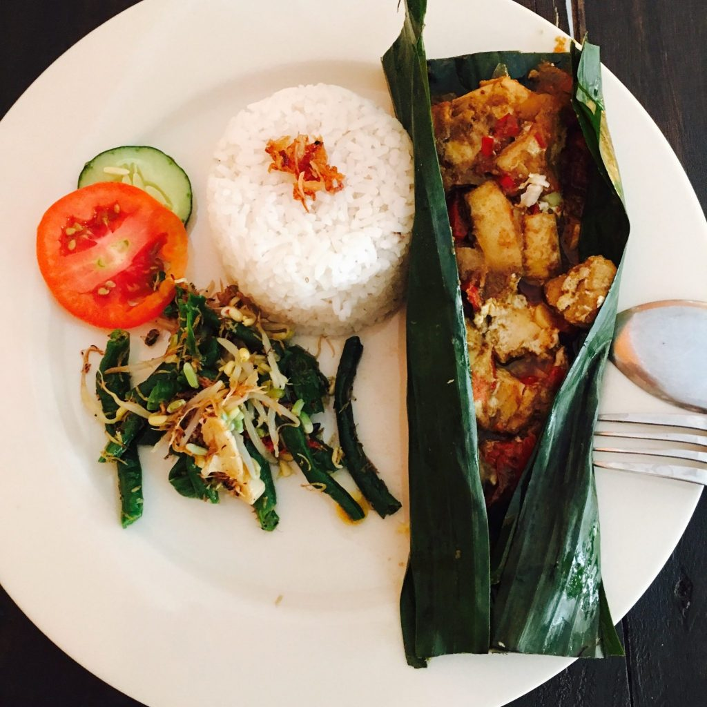 Ikan Pepe (Fish cooked into Banana Leaf)