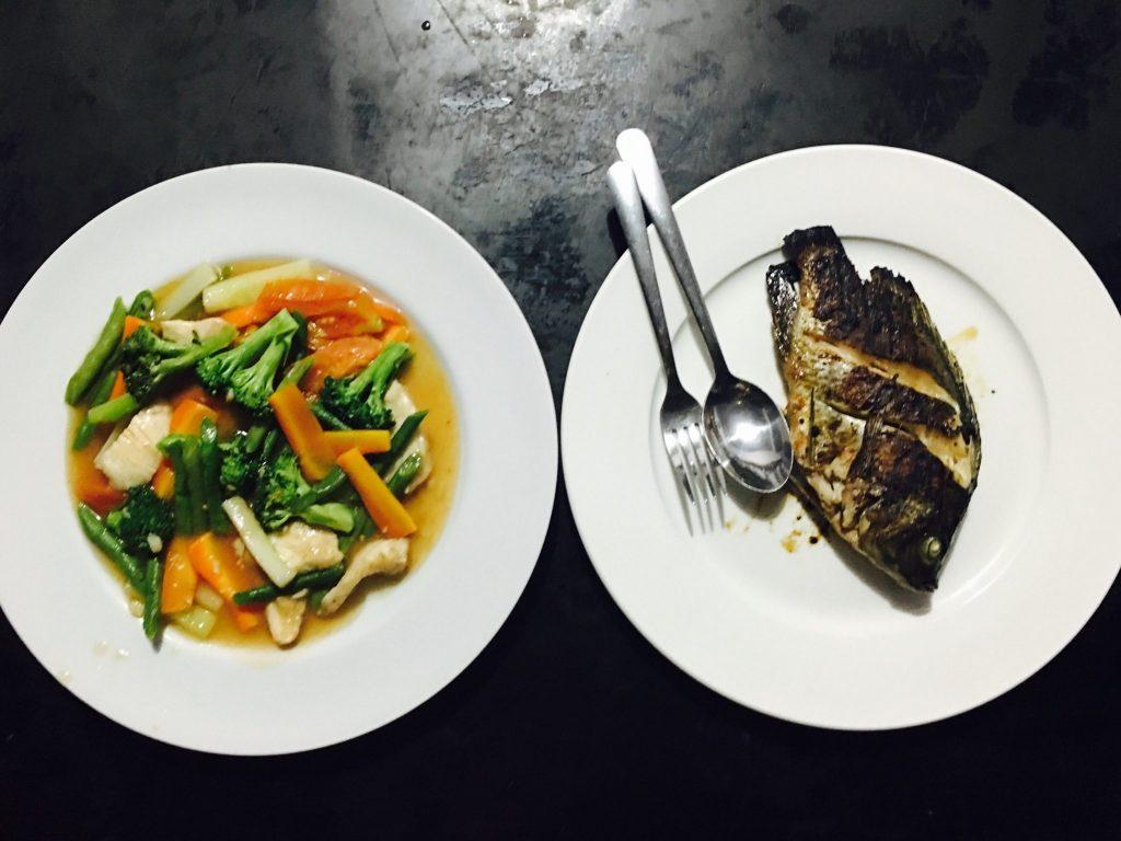 Cap cay and Ikan Bakar (Grilled Fish)